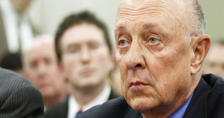 Ex-CIA Director James Woolsey spoke to investigators about a meeting in which Mike Flynn allegedly discussed removing a Turkish cleric from the U.S.