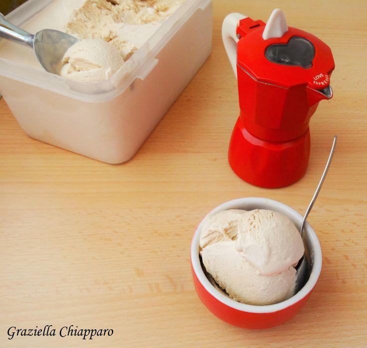 Gelato al caffè con panna e latte condensato   Ricetta