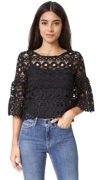 Style Mafia Kiana Top - I have some crocheted fabric leftover from my last project .... that's what I'll use it for!