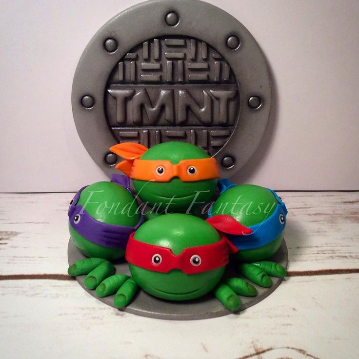 Tmnt Cake Decorations Uk : 1000+ ideas about Ninja Turtle Cake Topper on Pinterest ...