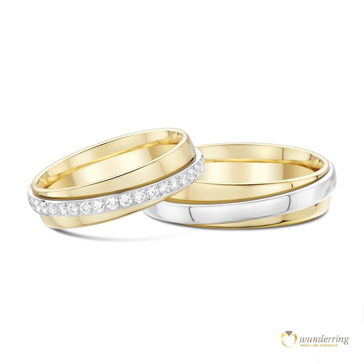 Bicolor Eheringe Paratii mit Diamanten von wunderring®. Ein äußerer Ring schmiegt sich an einen Inneren und die beiden drehen sich umeinander – das ist die wundervolle Symbolik der Turn-Trauringe. 750er Gold, €2770  #Weißgold #Gelbgold #Diamanten