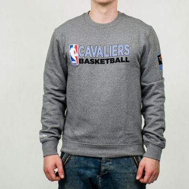 Mitchell & Ness NBA Cleveland Cavaliers Team Issue Crewneck Sweatshirt