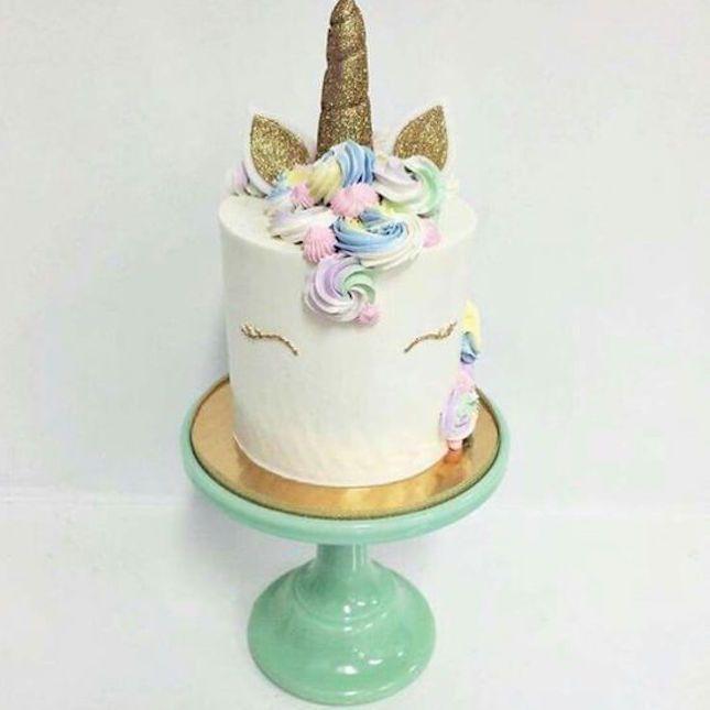 How Do I Preserve My Cake Topper
