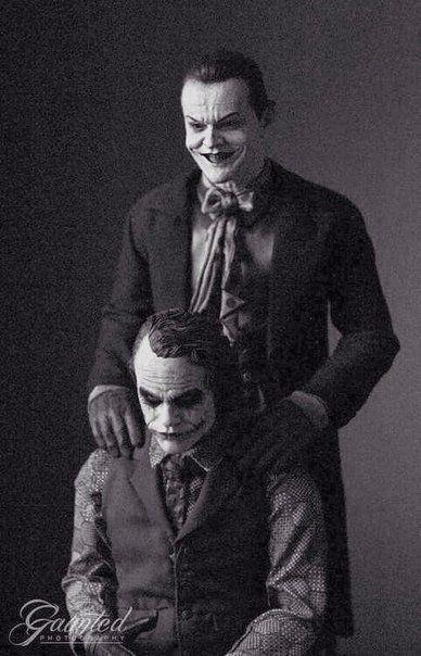 """Джек Николсон в гриме """"Джокера"""" в старой версии """"Бетмена"""" и современный """"Джокер"""" Хит Леджер."""