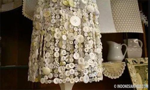Bagaimana cara mendekorasi kamar dengan bahan sederhana atau barang bekas itu? Apapun bisa disulap jadi hiasan rumah yang keren dan membuat orang yang..
