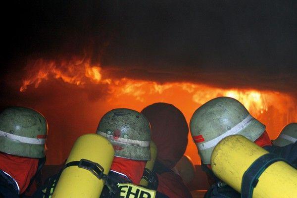 Flammschutzhaube: Tipps für die Praxis » Feuerwehr-Magazin