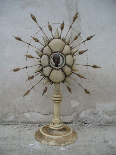 White reliquary,monstrance