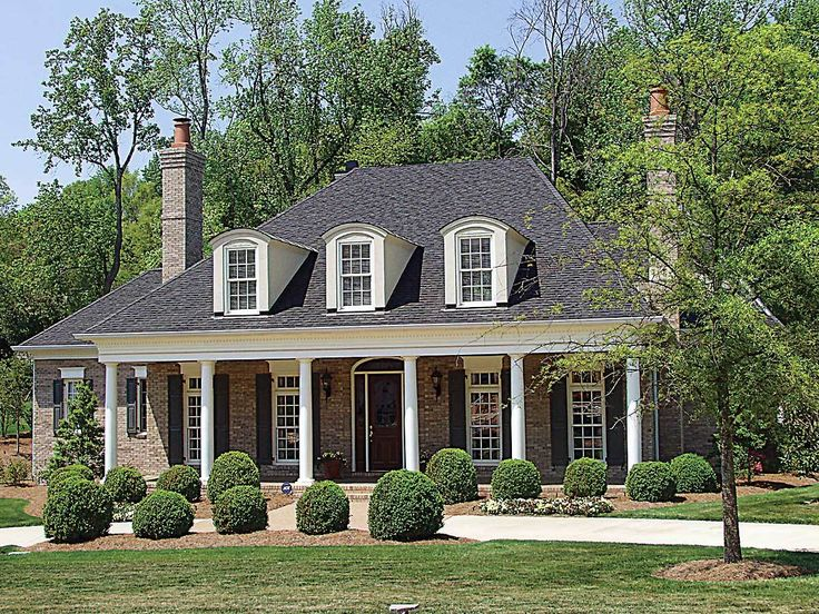 Best 25 plantation style houses ideas on pinterest Southern plantation house plans