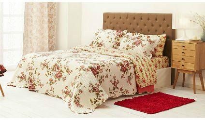 Colcha Estampada Rosalia Beige. Visítanos en tuakiti.com #colcha #quilt #decoracion #homedecor #hogar #home #habitacion #bedroom #tuakiti