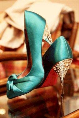 awesome 43 Inspiring Pair of Shoes Ideas You Should Wear for a Winter Wedding https://viscawedding.com/2018/01/23/43-inspiring-pair-shoes-ideas-wear-winter-wedding/ #weddingshoes