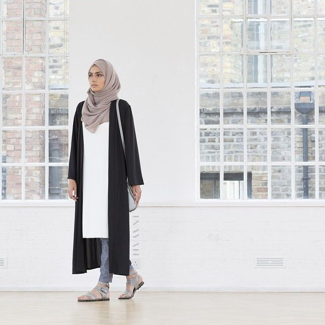 INAYAH | Light Mink Maxi Georgette #Hijab + Washed Ink Tapered #Trousers + Black Georgette #Kimono + White Crepe #Midi #inayahclothing #modeststyle #modesty #modestfashion #hijabfashion #hijabi #hijabifashion #covered #Hijab #jacket #midi #dress #dresses #islamicfashion #modestfashion #modesty #modeststreestfashion #hijabfashion #modeststreetstyle #modestclothing #modestwear #ootd #cardigan #springfashion #INAYAH #covereddresses #scarves #hijab #style