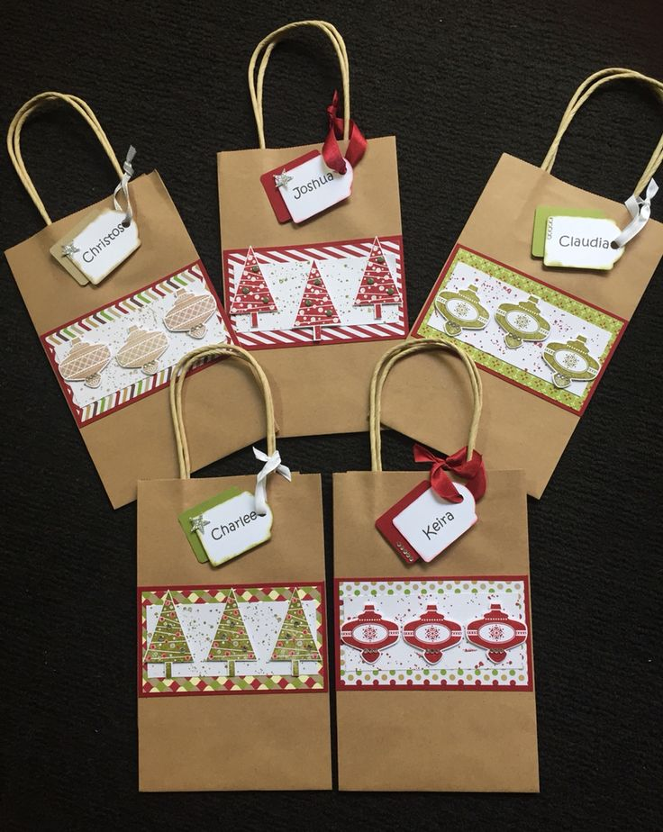 25 unique christmas treat bags ideas on pinterest christmas goody bags goodie bags christmas. Black Bedroom Furniture Sets. Home Design Ideas