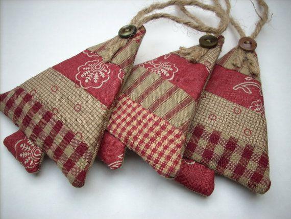 Ornements de Noël de tissu couleurs pays Set de 3 sable Bourgogne classique