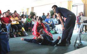 Instruyen a prestadores de servicios en primeros auxilios