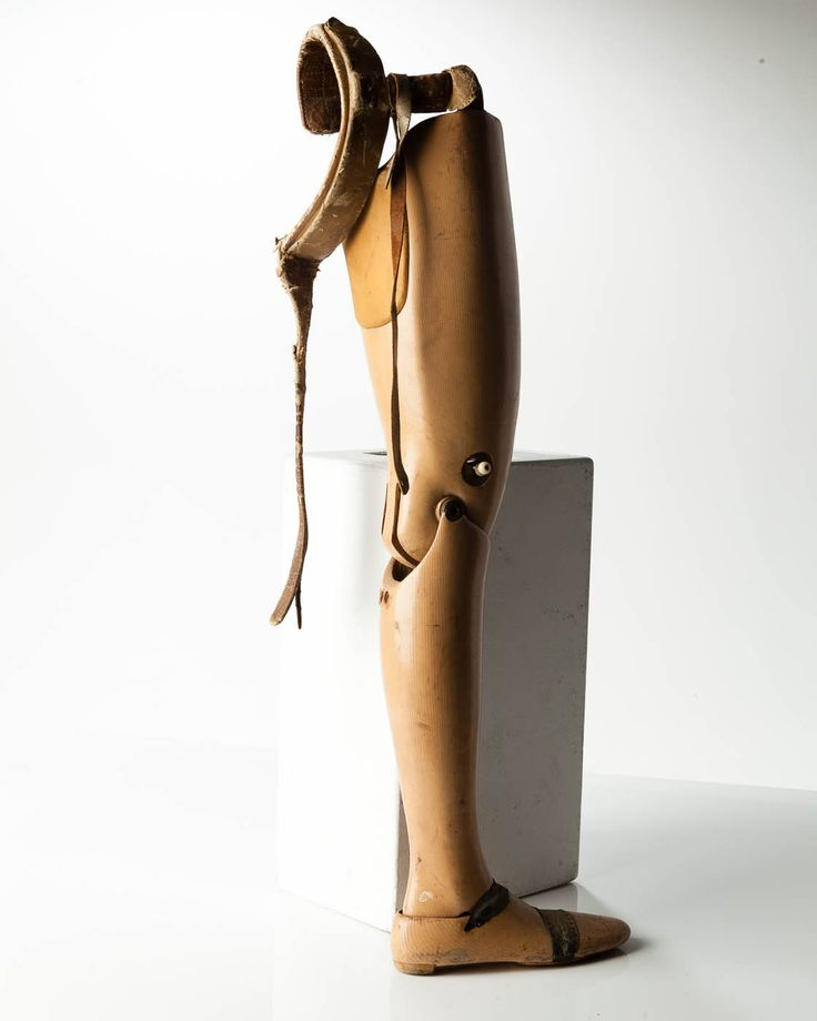The Best Prosthetic Leg Ideas On Pinterest Amazing People - Designer creates see through 3d printed prosthetics made from titanium