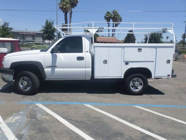2005 CHEVY SILVERADO 2500HD UTILITY TRK For Sale by Owner