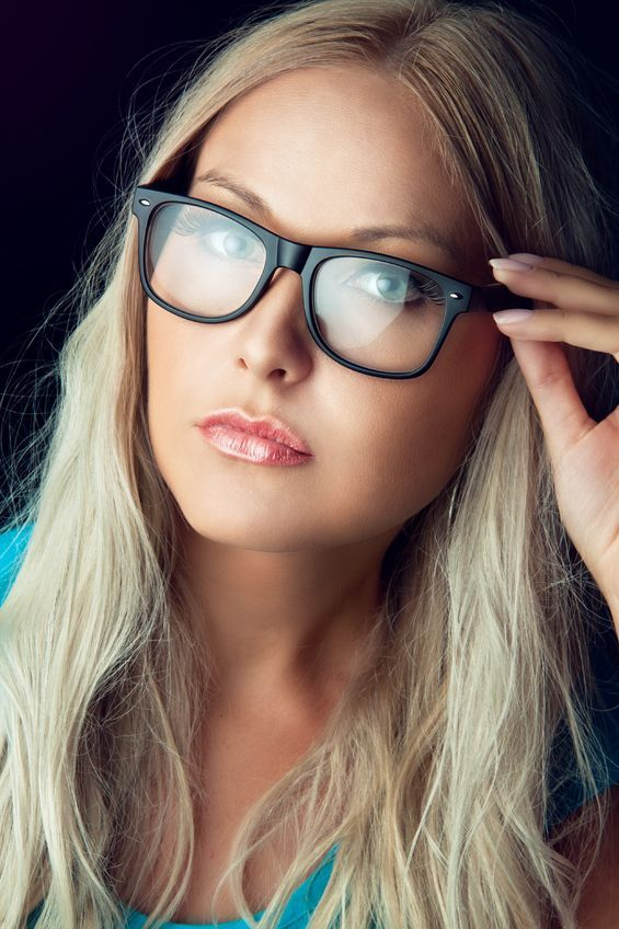 How To Choose A Pair Of Glasses For Your Face Shape Face