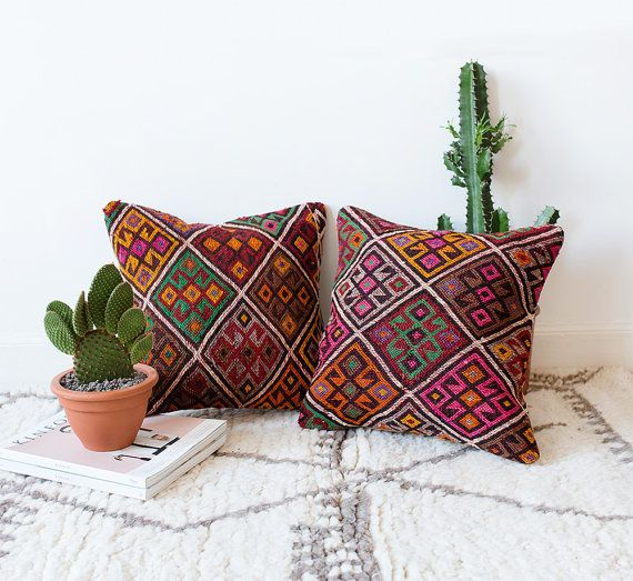 SET van 2 Vintage Turkse Kilim kussensloop Boheemse decoratieve kussen, Boho kussen, paarse kussen, Vintage kussen, Kilim, Tribal kussen