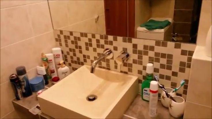 Wielki remont mieszkania, krótki film - przedpokój z półką podświetlaną,...