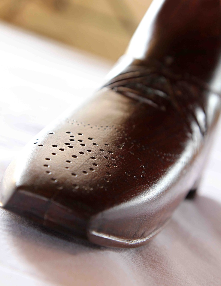 Male Side to Uncle Graham Table(whinkle Picker Italian Shoe)