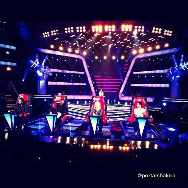 "Confira as primeiras imagens de Shakira no ""The Voice US"""