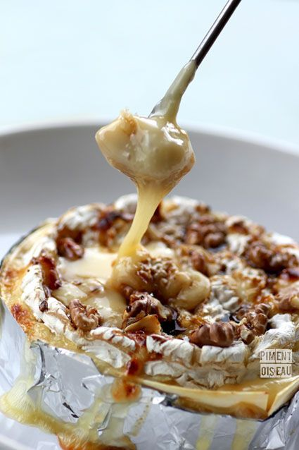 Roasted camembert with honey & walnuts