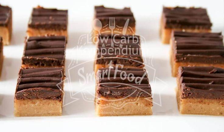 Erdnussbutter-Pralinen Low Carb - Köstliche kleine Pralinen aus Erdnussbutter, mit einer Schokoladenschicht. Eine tolle Low Carb Leckerei