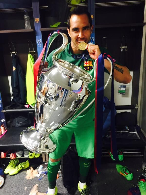 Claudio Bravo and UEFA CL Cup. Top goalkeeper in the La Liga, 2014-2015