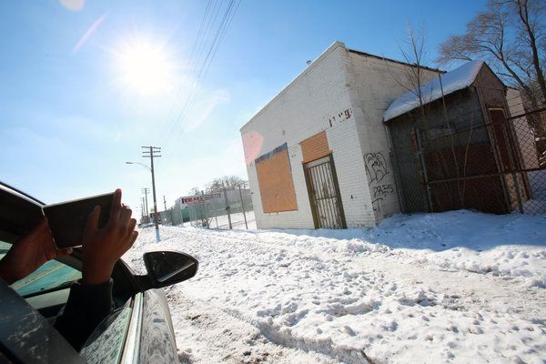 A Picture of Detroit Ruin, Street by Forlorn Street - NYTimes.com