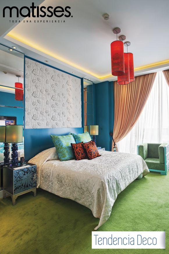 La decoración con efecto arcoíris es una opción para hogares vanguardistas y personas arriesgadas. Los colores amarillo, azul y verde son los tonos top de esta tendencia.