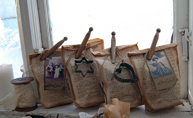 sugar cookie mix...in paper bags...with vintage cutter