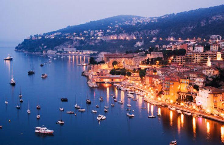 Wonen Aan De Côte d'Azur: Vroeg naar bed aan de Côte d'Azur.