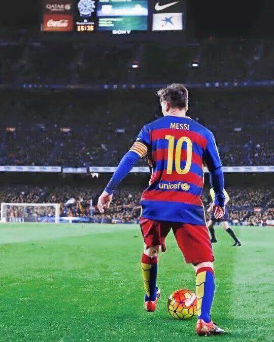 Futbol de Locura — Describe a Messi con un Emoji.