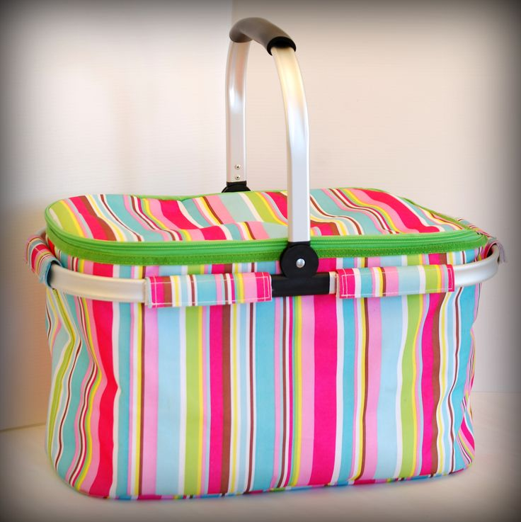 Our fabulous Manna for Mumma insulated hamper bag...