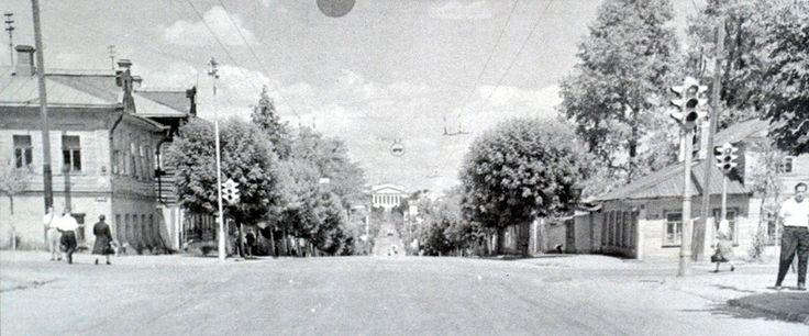 перекресток улиц К.Маркса и Воровского, 1959 год.