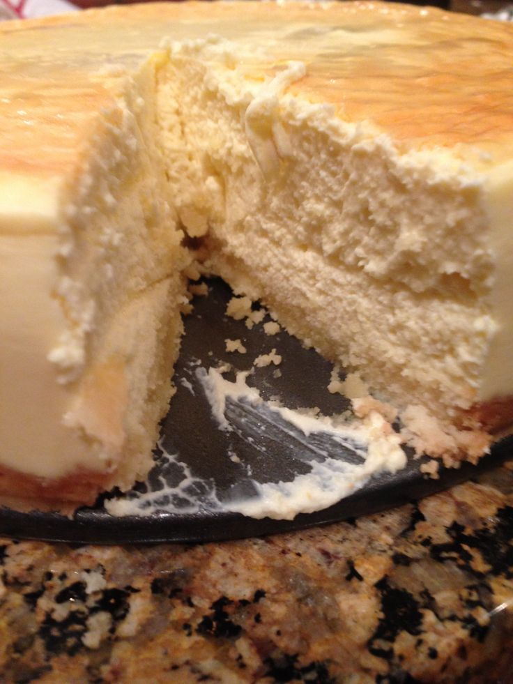 The BEST Low-Carb Cheesecake
