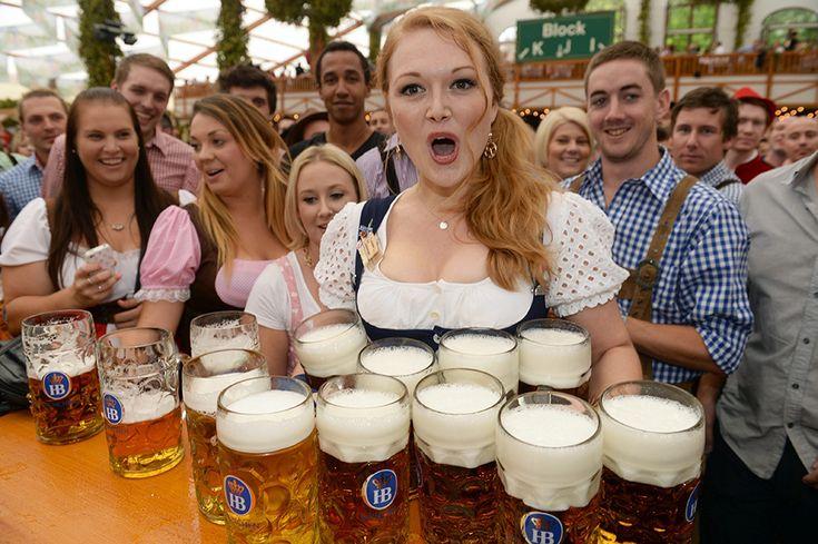 Bier und Titten! Oktoberfest 2013