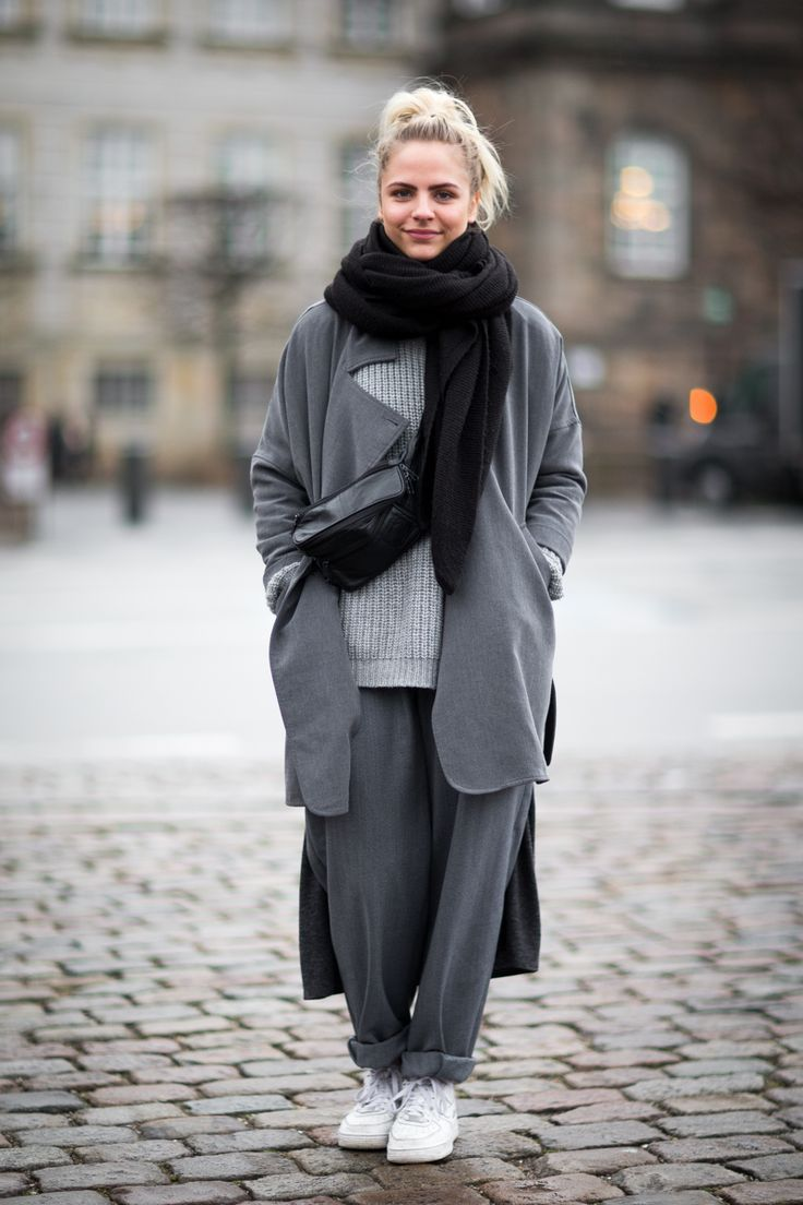13 Minimalist Street Style Looks For Women Street Style Chic Scandinavian Fashion Minimalist Fashion Women