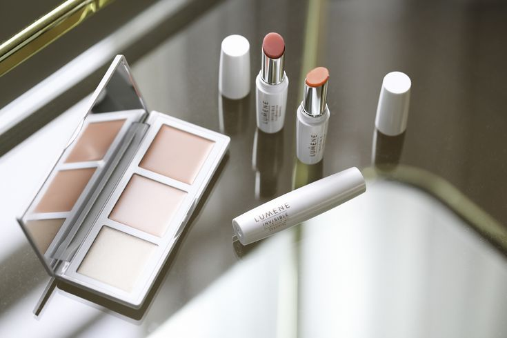 Nordic Beauty Must-Haves: Lumene Invisible Illumination for Naturally Glowing skin and lips