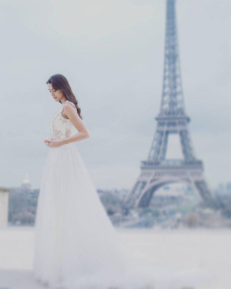 """Brautkleid Tianvantastique.com #weddingcouture #paris #cityoflove #dreams #gown…"""""""