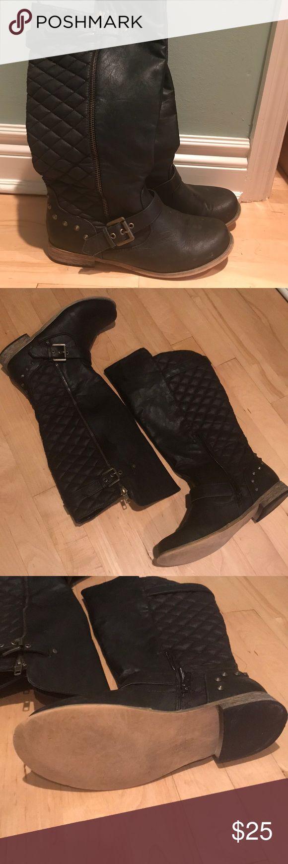 Black moto boots Rarely worn black Steve Madden moto boots Steve Madden Shoes Combat & Moto Boots