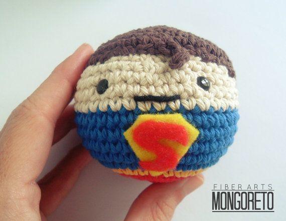 Amigurumi Ball Instructions : Super heroes amigurumi crochet balls Idees, Amour et Motifs