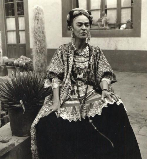 Work and life of frida kahlo