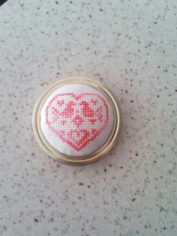 Sweet jar lid.