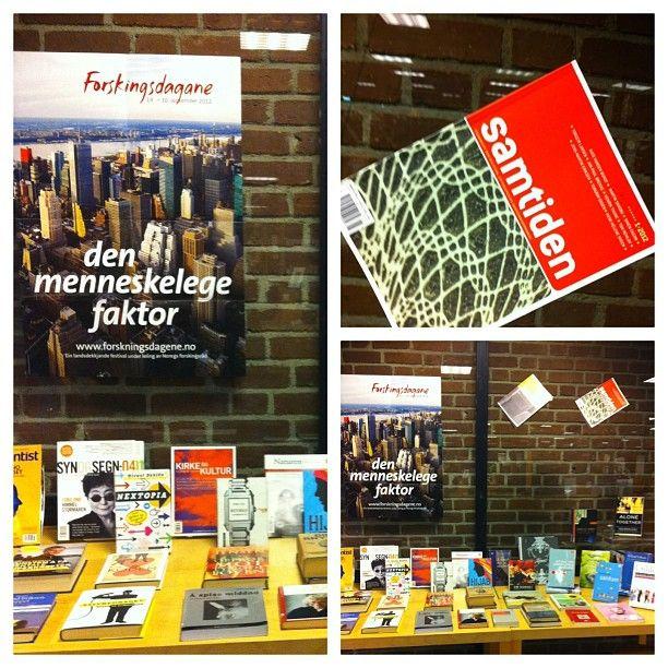 "@sandefjordbibliotek's photo: ""#samtiden #sandefjordbibliotek #mittbibliotek #utstilling #forskningsdagene"""