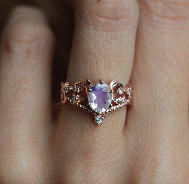 Vintage Moonstone Engagement Ring - Capucinne - Pierścionki zaręczynowe