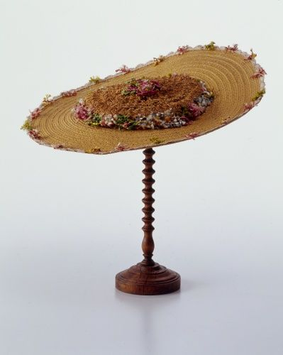 Bergère, probably France, c. 1750-1770. Straw hat decorated with fly fringe.