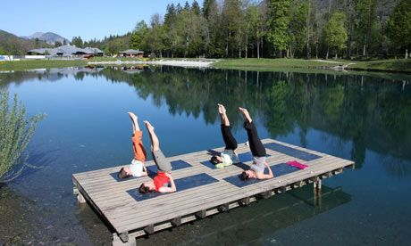 how fun!Morning Yoga, Mountain Lakes, Mornings Yoga, Lakes Yoga, Water Yoga, Products Fit, Outdoor Yoga, French Alps, Dots