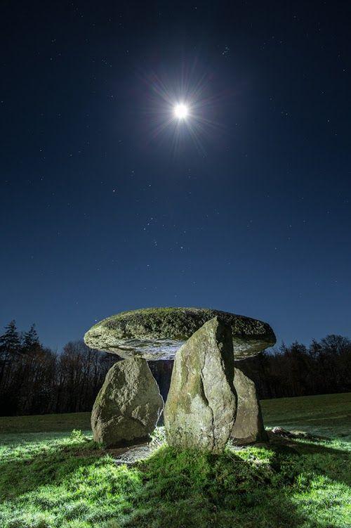 The Spinsters' Rock dolmen, Devon, England. David Clapp Photography.