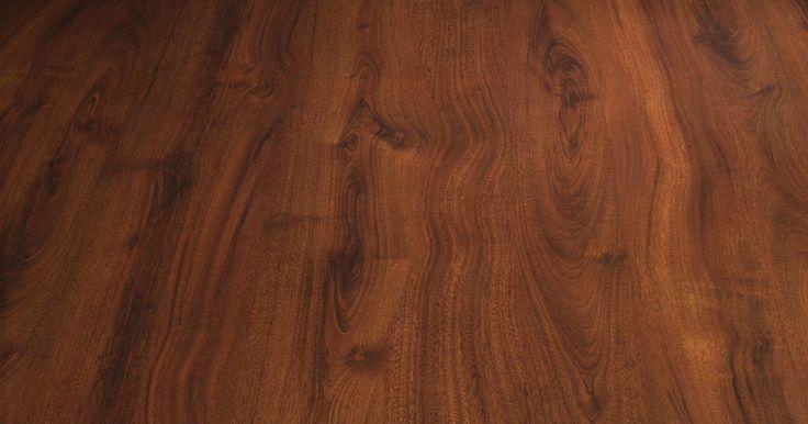 Clasificación de densidad de madera para el roble, arce y cerezo. Las maderas de roble, arce y cerezo son elecciones tradicionales para muebles, pisos y carpintería fina. Cada una de estas maderas tiene un grano atractivo y su propio aspecto único. Cada madera también se clasifica diferente en la escala de dureza Janka, la escala utilizada para medir la densidad y durabilidad de la madera. Las maderas más suaves ...